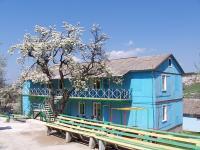 """тур-отель """"Привал"""", Бахчисарай, домик без удобств советской постройки после капремонта"""