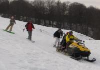 ски-йоринг (джоринг) буксировка лыжника за снегоходом