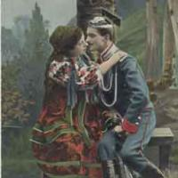 открытка начала 20 века, девушка с уланом