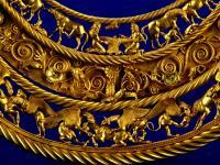 фрагмент золотой пекторали из Толстой могилы, юг Украины