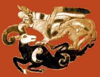 грифон терзает козла. из курганов Пазырык на Алтае
