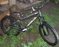 велосипед для фрирайда и дерт-джампинга