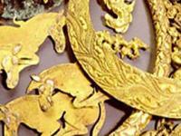 магическое изображение лошадей и другие золотые бляшки из кургана Аржаан, Тыва