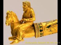 Изображение скифского всадника на золотой гривне