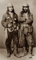 Котляры, кэйдалары (цыгане-ремесленники, лудившие посуду), мужской костюм с серебряными пуговицами