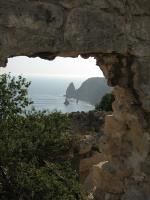 Вид с руин монастыря Св. Георгия на мыс Фиолент