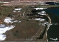 Керченский городской пляж на Аршинцевской косе и окрестности на космических снимках Гугл Земля