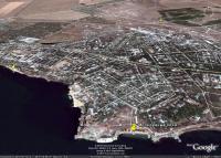 Керчь, Войково, пляж Молодежный и раскопики античного города Мирмекий на космических снимках Гугл Земля
