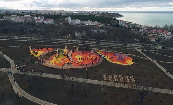 Учкуевка. парк и пляж. Северная сторона Севастополя